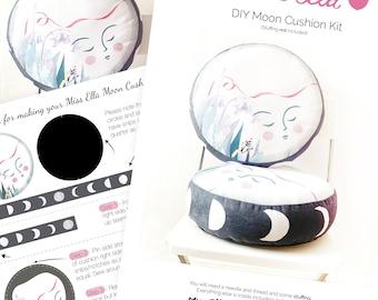 DIY KIT - Moon cushion