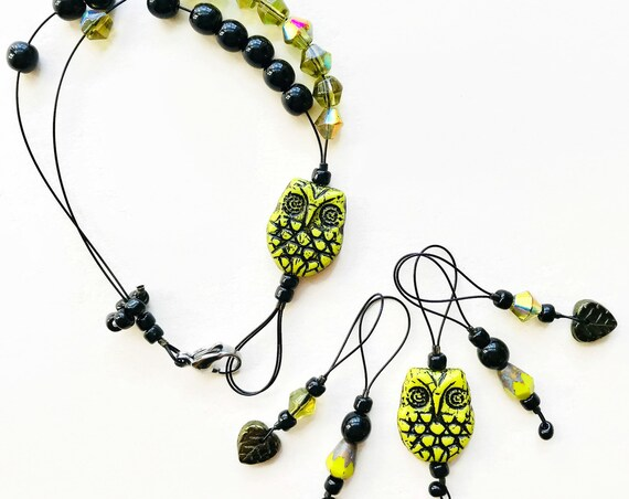 YELLOW OWL knitting stitch markers and row counter bracelet