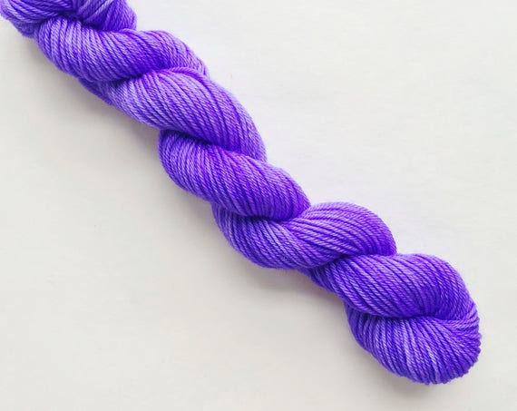 ULTRA VIOLET hand dyed yarn mini skein