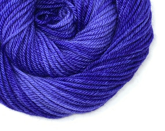 DEEP PERI hand dyed yarn