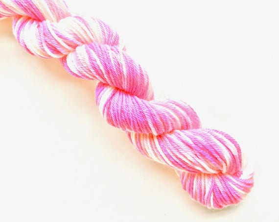 POP CREAM hand dyed yarn mini skein