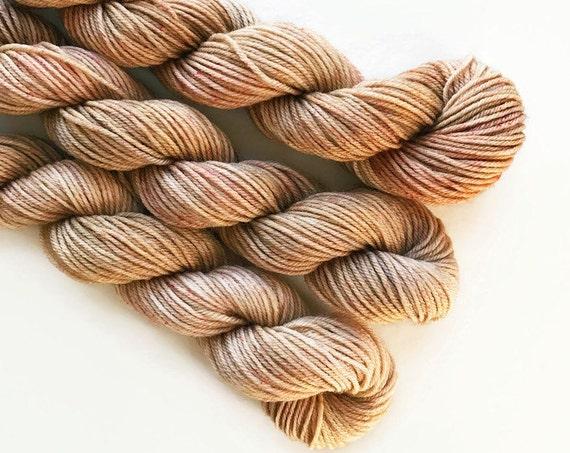 cappuccino / hand dyed yarn / mini skein / sock fingering yarn / merino wool superwash / sock mini / embroidery / light brown beige yarn
