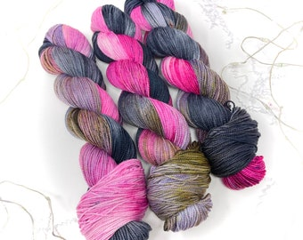 BURNT ROSE - a Special Summer Colorway - choose your favorite base. limited edition Indie Hand Dyed Speckle Yarn
