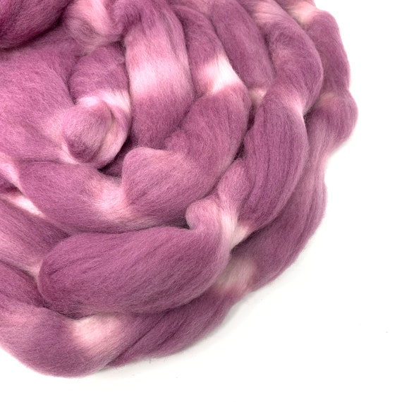 MAUVELOUS Mauve hand dyed roving merino wool. 4 oz.
