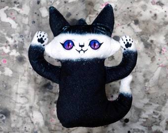 Ghost Cat Plush Toy - Starry eyed cat - Comes with a cute postcard