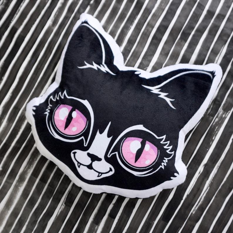 Black Cat Face Pillow  Plush soft minky fabric decorative image 0