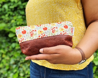 Daylily Leather Makeup Bag, Zipper Pouch, Womens Toiletry Bag, Leather Clutch, Cosmetic Case