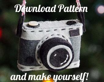 Say Cheese! Camera Felt Ornament PDF PATTERN