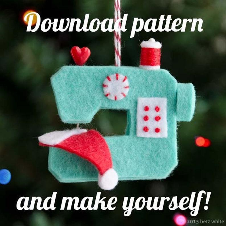 Ho Ho Sew Felt Sewing Machine Ornament PDF PATTERN image 0