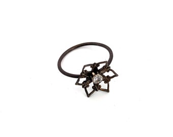 Star Flower Ring with CZ SIZE 8