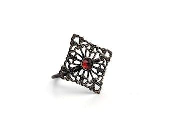 Filigree Ring with Garnet SIZE 6
