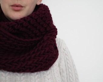 100% Wool Super Chunky Crochet Cowl - Burgundy Red
