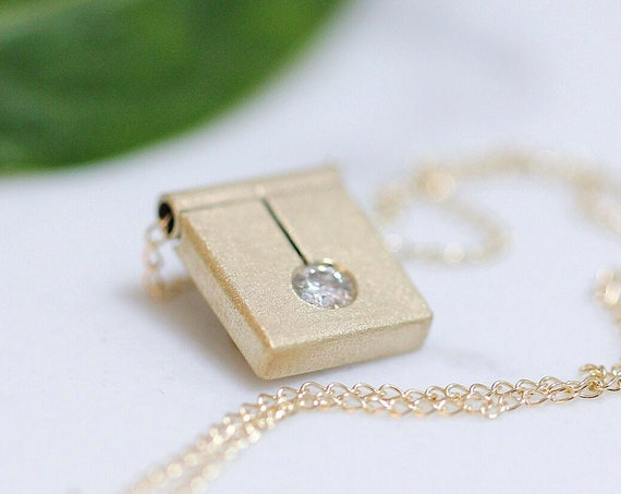 Square Slab Pendant in 14k Gold
