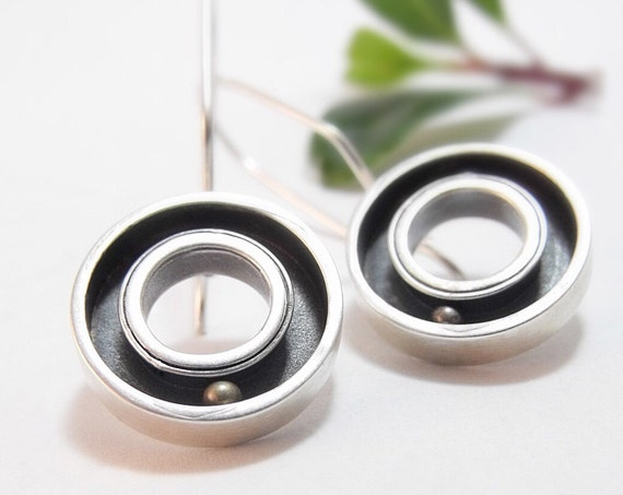 Silver Round and Round Earrings