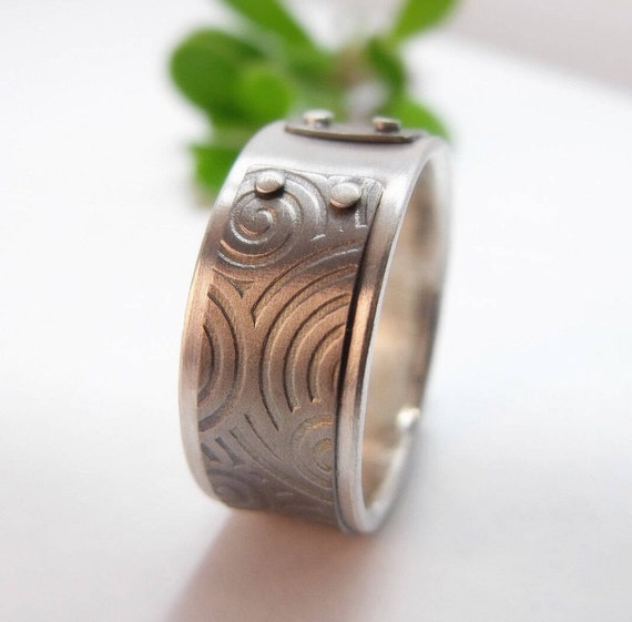 Mind The Gap Ring - Sterling Silver And Titanium Men's And Women's Band