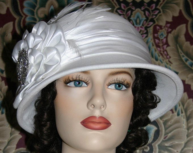 Featured listing image: Downton Abbey Flapper Hat, Edwardian Church Hat, Snow White Cloche Hat, Winter Gatsby Hat, Christmas Hat, Wedding Hat New Years - Snow Queen