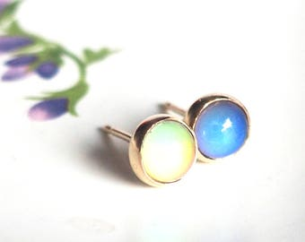 Mood Earrings, 14kt Gold, Color Changing