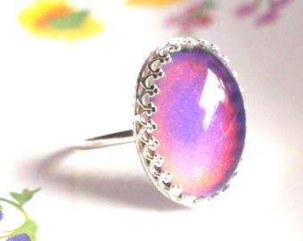Mood Ring in Crown Sterling Silver, Color Changing Stone