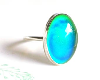 Mood Ring in Sterling Silver, Color Changing Ring