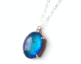 Mood Necklace, Simple Sterling Silver with Color Changing Stone