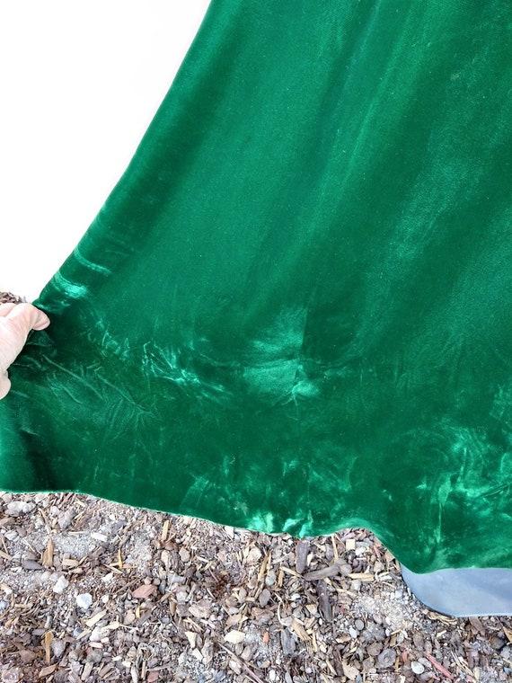Vintage 1960s Green Velvet Robe Dressing Gown Luc… - image 9