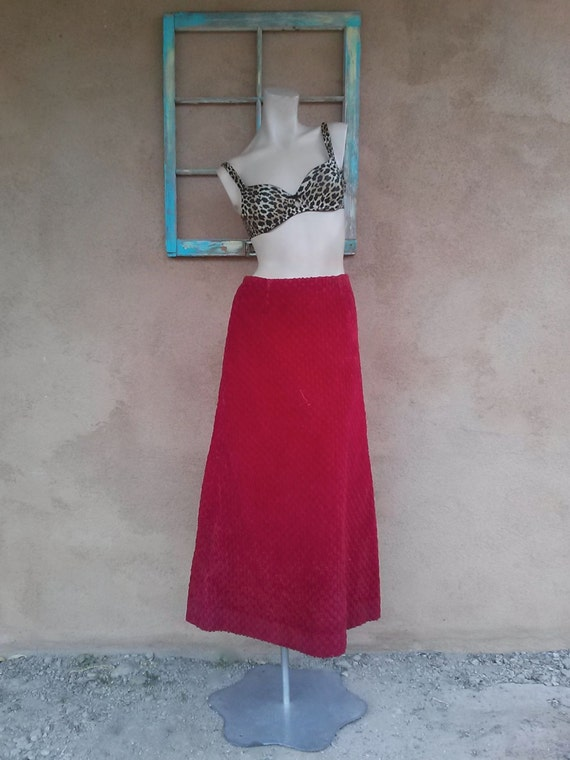 Vintage 1970s Red Corduroy Maxi Skirt Sz S W26