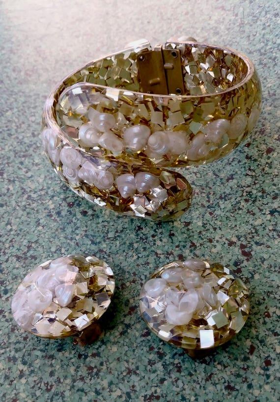 Vintage 1950s Gold Confetti Clamper Bracelet Clip