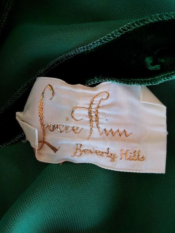Vintage 1960s Green Velvet Robe Dressing Gown Luc… - image 10