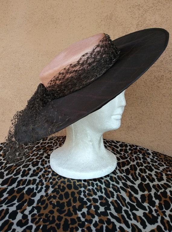 Vintage 1950s Black Straw Hat Cartwheel Saucer Gra