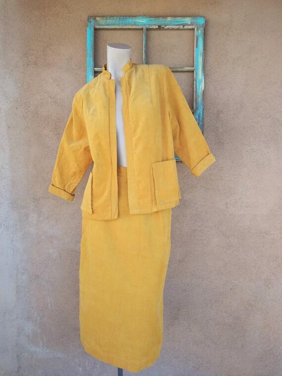 Vintage 1960s Gold Corduroy Dress Suit Sz S W24.5