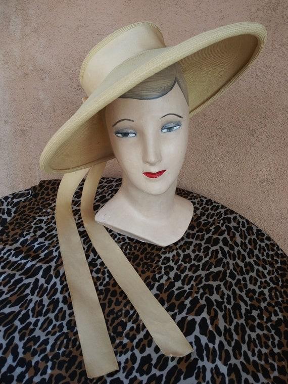 Vintage 1950s Straw Hat Cartwheel Saucer Hat