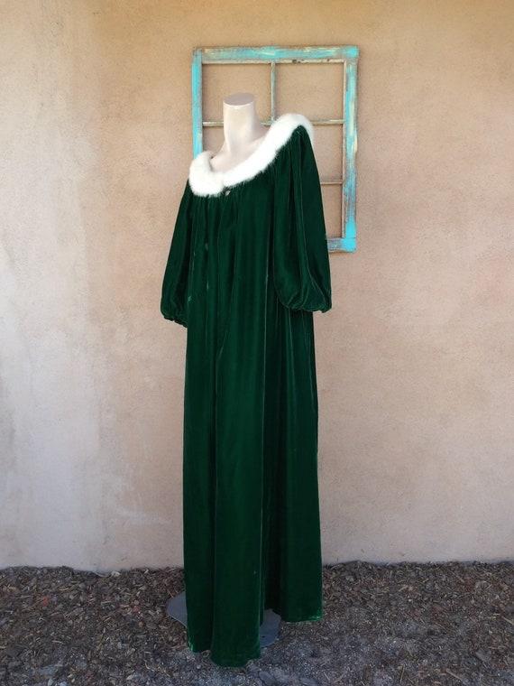 Vintage 1960s Green Velvet Robe Dressing Gown Luc… - image 1