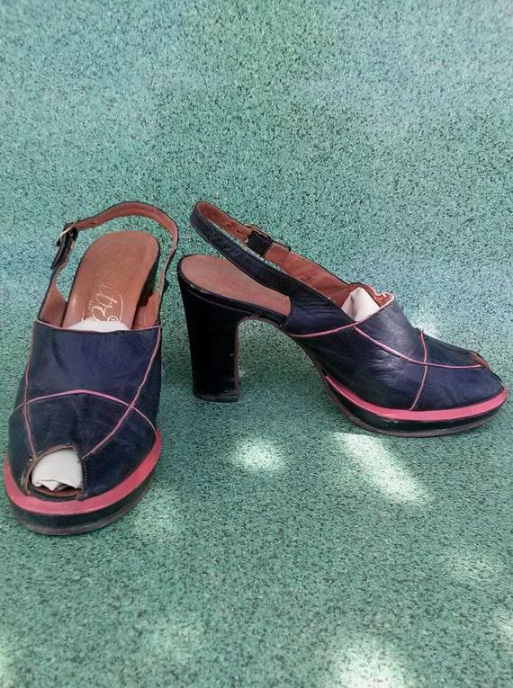 Vintage 1970s Platform Shoes 1940s Peep Toe Style