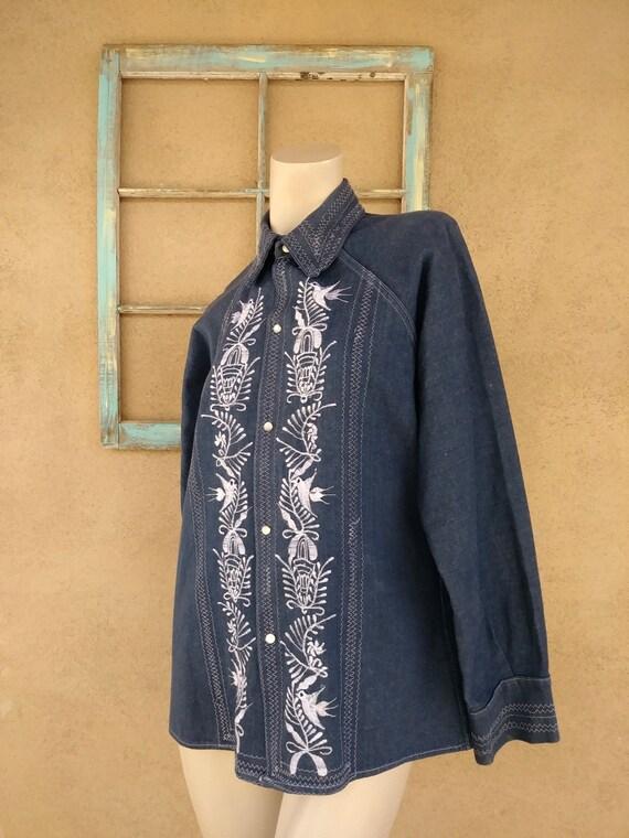 Vintage 1970s Mens Embroidered Denim Shirt Sz M - image 3