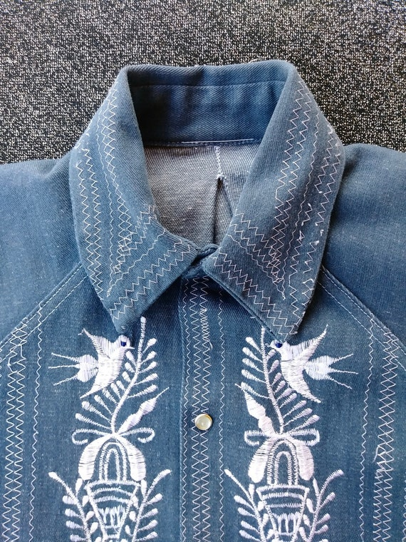 Vintage 1970s Mens Embroidered Denim Shirt Sz M - image 6