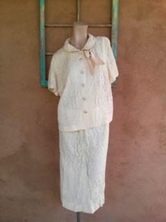 Vintage 1960s Suit White Lace Plus Size 1X W39 2 Piece