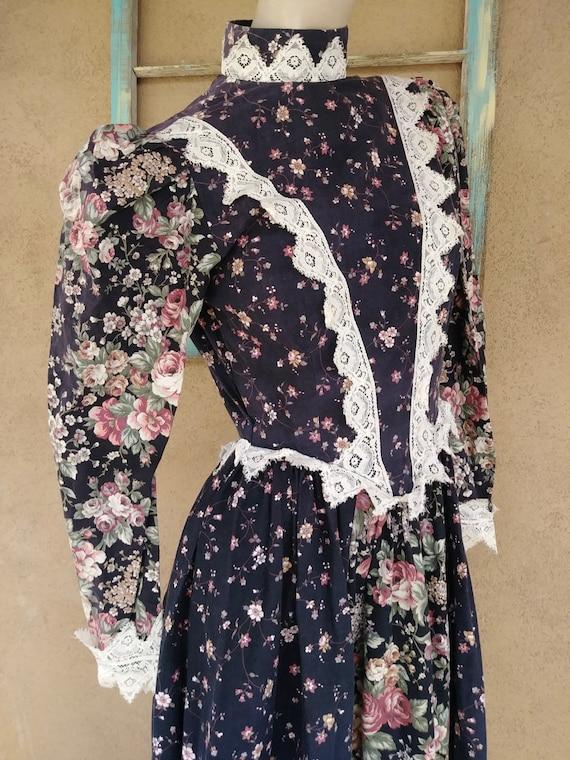 Vintage 1980s Maxi Prairie Dress Calico Chintz Gun