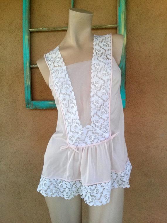 Vintage 1960s Pink Babydoll Nightie Nightgown Hens