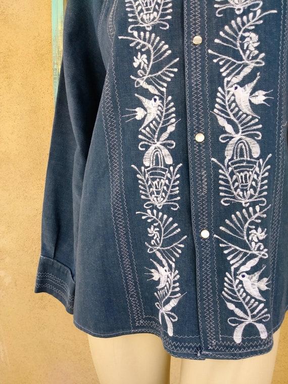 Vintage 1970s Mens Embroidered Denim Shirt Sz M - image 5