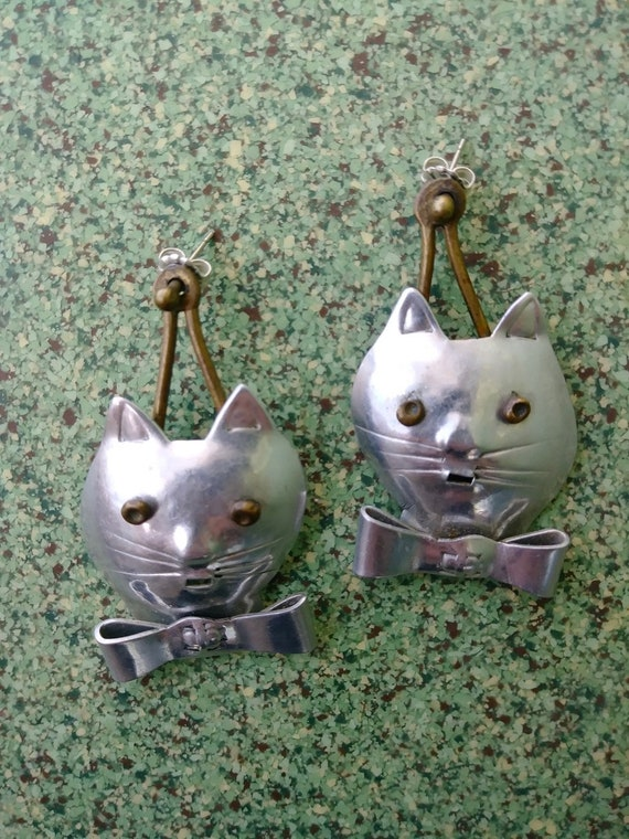 Vintage 1980s Cat Earrings Pierced 80s Statement … - image 1