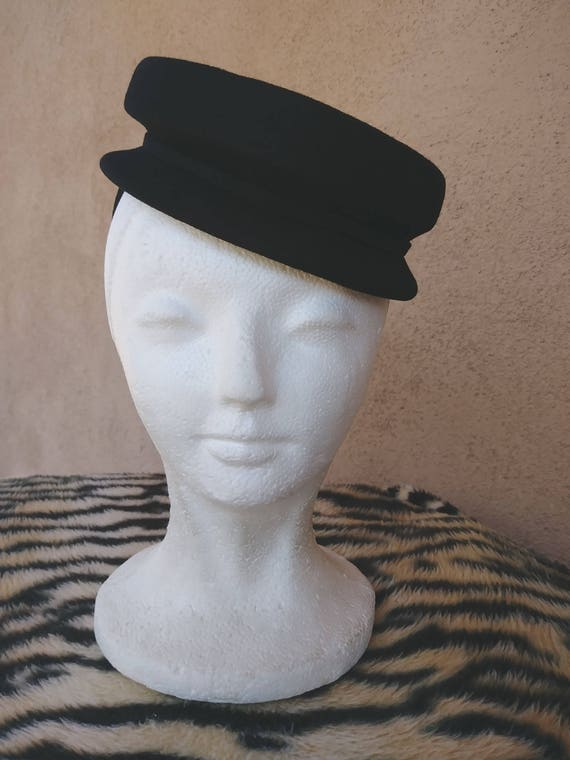 Vintage 1940s Black Sculptural Tilt Hat Calot OS