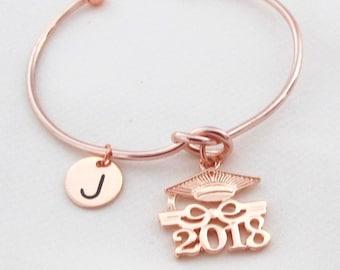 L'obtention du diplôme bracelet, Bracelet de charme de l'obtention du diplôme, Rose or graduation Bracelet, elle croit qu'elle a pu donc elle a fait le bracelet, Free Shipping USA
