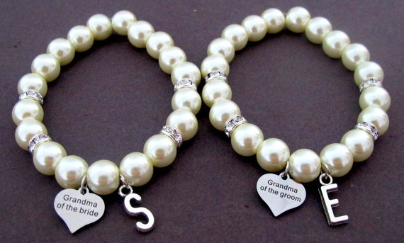 Grandma of Groom,Grandma of bride Pearl Bracelet,Personalized Wedding Party gift Jewelry,Gift from Bride,Bridal Party Gift,Free Shipping USA