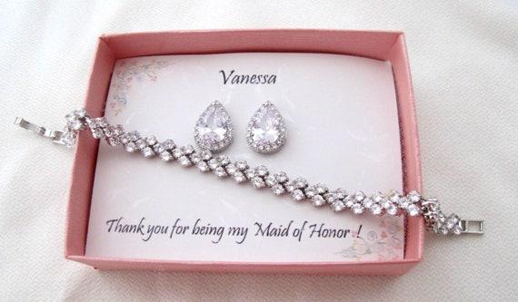 Bridesmaid Gift Set Bridal Jewelry, Wedding Jewelry, Custom Tear drop CZ bridesmaid gift, Cubic Zirconia tie the knot bracelet earrings set