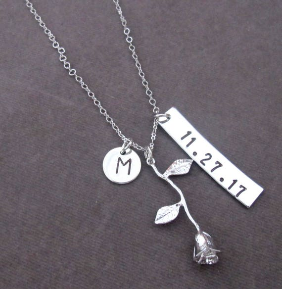 Date Flower Pendant, Personalized Wedding Gift,Date Necklace,Bridesmaid Necklace,Gift for the Bride,Bridesmaid Gift, Free Shipping USA