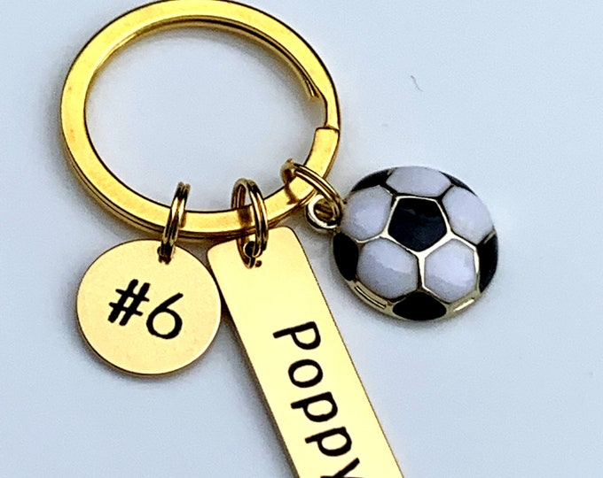 Soccer Keychain Personalized for Girls Personalized Soccer keychain,Soccer Team Gifts - School Sports Theme,Boys Soccer Gift Soccer Keychain