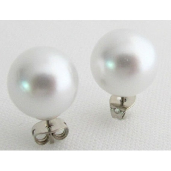 White Pearl Stud Earrings, 12mm Pearl Stud Earrings, Wedding Pearl Stud Earrings, Bridesmaid Earrings, Wedding Party Gift Free Shipping USA