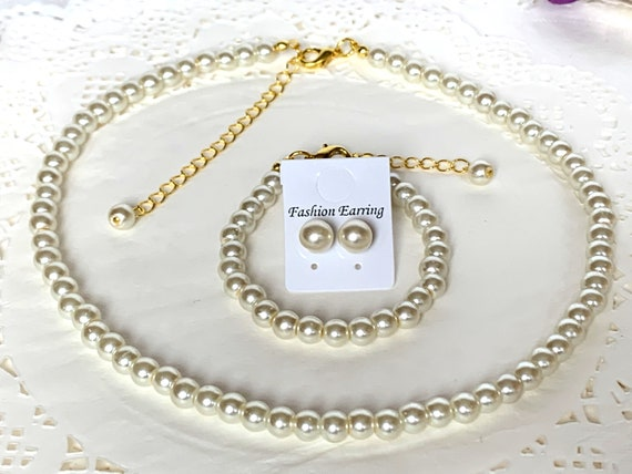 Gold Ivory Pearl Necklace Set,Wedding Jewelry Set,Bridesmaid gift,Flower girl gift set,Baptism Jewelry,First Communion Set,Free Shipping USA