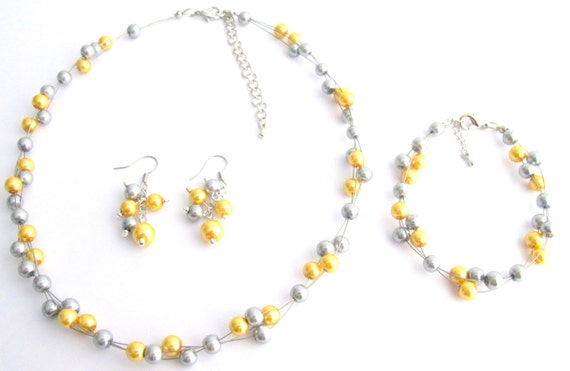 Wedding Cluster Necklace, Yellow Gray Pearls Necklace, Graduation Jewelry , Wedding Party, Bridal and Bridesmaid, Free Shipping In USA