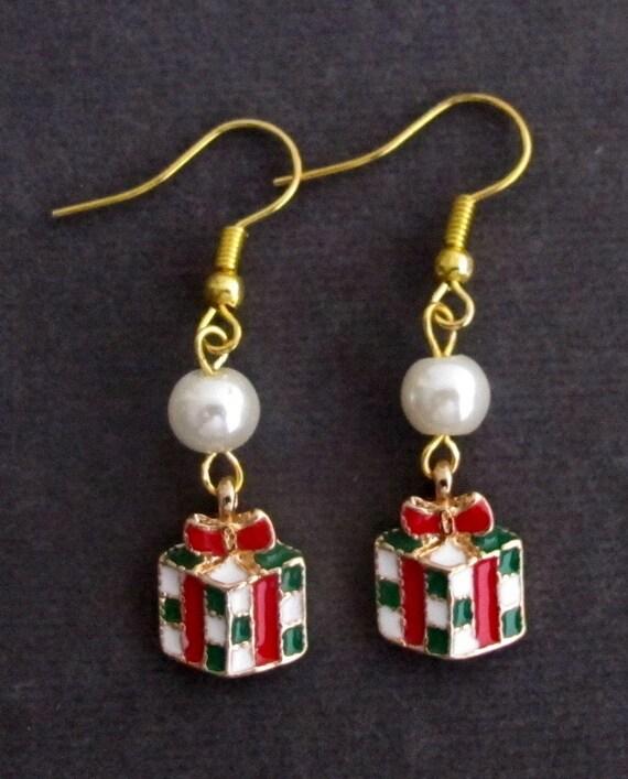 Gift Box Earrings,Christmas Earrings Christmas jewelry,Christmas  Gift Box Charm, gift for her,Gift Box Present Box Christmas Present